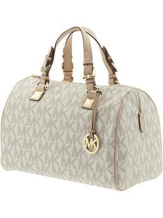 Michael kors bags >>Fashion>>Designer YES PLEASE!!!! Gotta have it!!