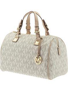 Michael kors bags >>Fashion>>Designer YES PLEASE!!!! Gotta have it!!
