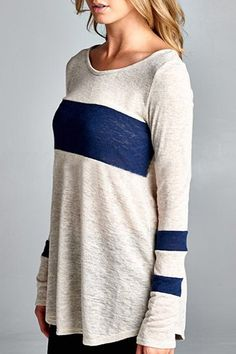 Stylish Scoop Collar Long Sleeve Color Block T-Shirt For Women