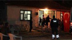 Afyon'a şehit ateşi düştü: Van'ın Çaldıran ilçesinin Tendürek Dağı bölgesinde güvenlik güçlerince yürütülen operasyonda terör örgütü PKK mensupları ile çıkan çatışmada şehit olan Uzman Çavuş Gökhan Şengül'ün Afyonkarahisar'ın Çay ilçesinde yaşayan ailesine acı haber ulaştı. Çobanlar Kaymakamı ve Çay Kaymakam Vekili Resul ...