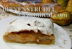 Süße Birnen in einer zarten Hülle aus gezogenem Studelteig. Du magst Apfelstrudel, dann wirst du meinen Birnenstrudel lieben. Tacos, Ethnic Recipes, Food, Simple, Pears, Food Portions, Eten, Meals, Diet