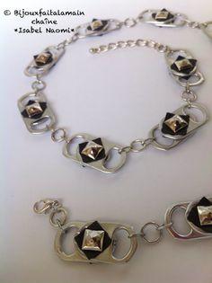 DIY chambre à air: Comment faire un collier avec des canettes et chambre à air. Cette vidéo vous montre comment-faire un collier avec du chambre à air et des capsules de canettes. Nous espérons que vous aimez cette vidéo! Joyeux bricolage.