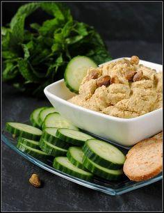 hors d'oeuvres pistachio | pistachio artichoke hummus