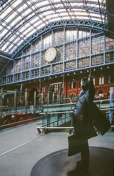 St Pancras Station, London by jacqueline.poggi, via Flickr (CC BY-NC-ND 2.0)