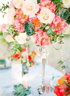 Gorgeous centerpiece. Photography by cocotran photography