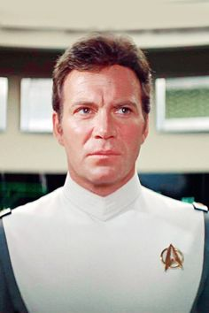 Captain James Tiberius Kirk (W.Shatner