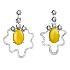 Tessa Packard Fried Egg topaz and yellow agate earrings in white gold with diamonds. Discover the jewels that are good enough to eat with their playful side of fine fashion jewellery: http://www.thejewelleryeditor.com/jewellery/article/jewels-good-enough-eat/ #jewelry