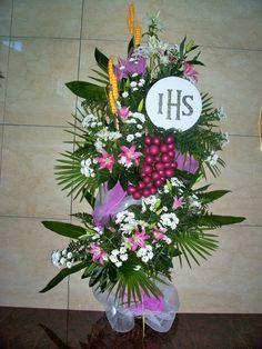 Visit the post for more. Church Flower Arrangements, Floral Arrangements, Flower Decorations, Table Decorations, Corpus Christi, First Communion, Grand Opening, Floral Design, Art Floral