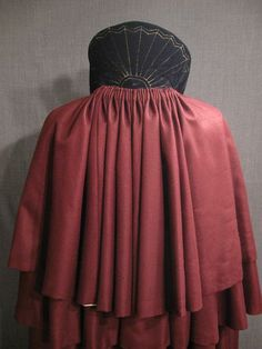 09025493 Cape Mens burgundy wool black velvet stand collar back view close up.JPG