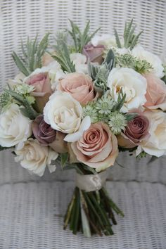 wedding bouquet with antique roses | antiques