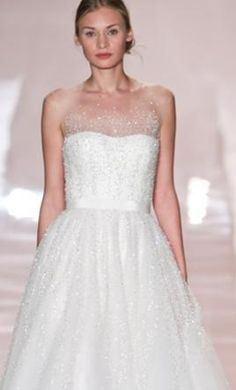 Reem Acra Rebecca: buy this dress for a fraction of the salon price on…