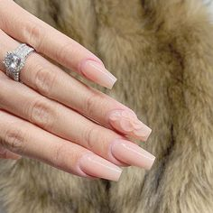 Gorgeous Ombre Acrylic Coffin Nails To Wear Vibrant Nail Colors - Eazy Vibe Orange Ombre Nails, Coffin Nails Ombre, Simple Acrylic Nails, Pink Acrylic Nails, Diamond Nail Designs, Ombre Nail Designs, Chrome Nails Designs, Nails Design With Rhinestones, Stylish Nails