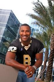 Dante Culpepper helped put UCF on the national football map with his play and finished sixth in the Heisman Trophy balloting Ucf Football, College Football, Football Players, Michael Vick, College Games, Ucf Knights, Heisman Trophy, Professional Football