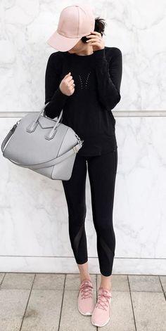 sporty outfit idea / hat + black set + bag + sneakers