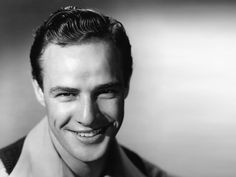 Vintage Hairstyles Today we are going to share the top 10 Vintage mens hairstyles to give a classic look in 2018 as men always look cool in the classic mens hairstyles. 1950s Mens Hairstyles, Classic Mens Hairstyles, Vintage Hairstyles, Men's Hairstyles, Hairstyles Pictures, American Hairstyles, Modern Hairstyles, Marlon Brando, Apocalypse Now
