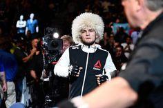Tony Ferguson 'Not Impressed One Bit' By Khabib Nurmagomedov - http://www.lowkickmma.com/UFC/tony-ferguson-not-impressed-one-bit-by-khabib-nurmagomedov/