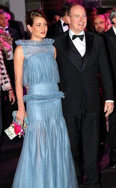 Charlotte Casiraghi e il criticatissimo abito Chanel al Ballo della Rosa 2012