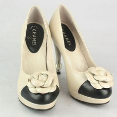 ok, last pair...I think....pearl Chanel heels with flower