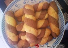 Great recipe for Unbeatable biscuit cookies by Eleni. This is a recipe by Eleni, my favorite cousin, who has an unbelievable talent in making anything in the fastest and simplest way and always delicious! Recipe by hayat Greek Sweets, Greek Desserts, Greek Recipes, Sweets Recipes, Easter Recipes, Baking Recipes, Cookie Recipes, Biscuit Bar, Biscuit Cookies