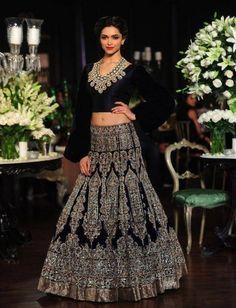 PCJ Delhi Couture Week 2013: Manish Malhotra Bridal Favourites  