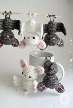 Crochet These Widely Admired Amigurumi Bat - It Will Get You Lots Of Smiles #CrochetPatterns