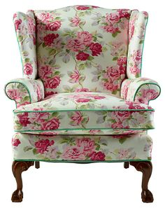 Risultati immagini per shabby upholstered armchair Shabby Chic Style, Shabby Chic Decor, Upholstered Chairs, Wingback Chair, Chair Cushions, Floral Chair, Wing Chair, Recycled Furniture, Shabby Chic Furniture