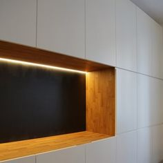 appartamento residenziale a Milano Milano, Shelves, Home Decor, Shelving, Shelving Racks, Interior Design, Home Interior Design, Planks, Home Decoration