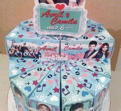 ESPERANZA MIA torta souvenir, de cajas en forma de porcion de torta con golosinas, www.facebook.com/identikid tuidentikid@yahoo.com.ar
