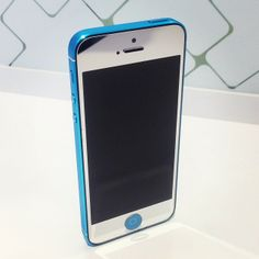 #MirrorSilver iPhone 5 with #AquaBlue rear housing!