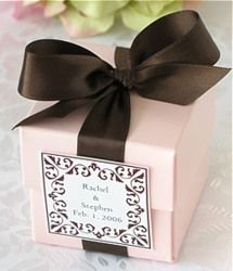 Chocolate and pink favour boxes