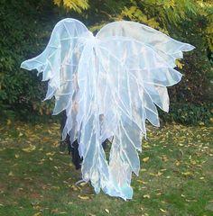 Cascading fairy wings