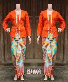 Batik Rok n Blus REA00071 Orange   Details n Order via BBM D3A73ACA   #grosirbatiksolo #batikkantor #bajubatik #couplebatik #palembang #lampung #couple #medan #sarimbit #dhevifashion #grosirbaju #dhevifashion #grosirbatik #fashionindonesia #fashionblogger