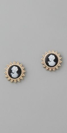 Black, ivory and gold cameo stud earings.   Are these just divine or am I watching too much Downton Abbey?