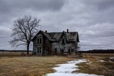 """March Photo Contest: My Happy Place: CBC Community member Peter Gilbert's happy place is """"on the Talbot Trail"""" in Windsor, Ontario, where he snapped this lovely old house in the middle of a field."""
