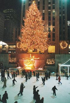 Ice skate in Rockefeller Center