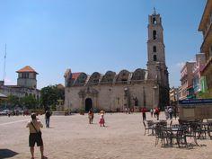 Plaza San Francisco in Old Havana