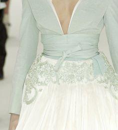 Alexander McQueen| Keep the Glamour | BeStayBeautiful