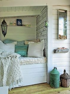 Pretty little away space at the beach cottage.