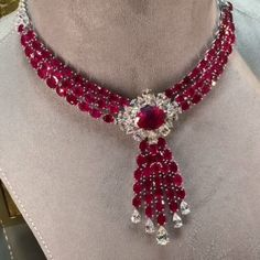@ninahald1. A large ruby and diamonds necklaces from Graff - superb of course. #graffdiamonds #ruby#pigeonblood #mogok