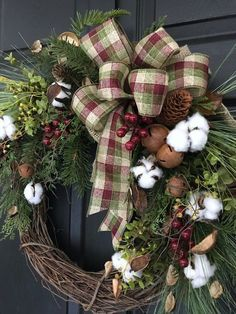 Rustic Christmas Wre Rustic Christmas Wreath-Winter Wreath for Front Door-Cotton Wreath Crafts, Diy Wreath, Christmas Projects, Holiday Crafts, Wreath Making, Primitive Christmas, Rustic Christmas, Winter Christmas, Grapevine Christmas