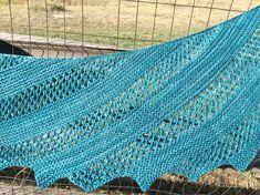 Ravelry: Kensington Shawl or Shawlette pattern by Fact Woman Knitted Shawls, Crochet Scarves, Crochet Shawl, Crochet Clothes, Knitted Fabric, Knit Crochet, Crotchet Patterns, Knitting Patterns, Knitting Ideas