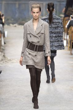 Chanel - Haute Couture Fall Winter 2013-14 - Shows - Vogue.it