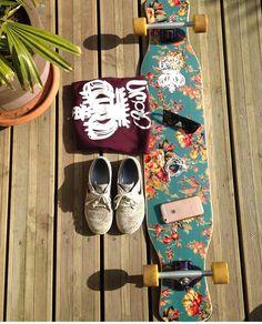 Instagram #skateboarding photo by @longboarddancing - @establishedboarding longboard Dancing #longboarddance#longboarddancing @crownboards. Support your local skate shop: SkateboardCity.co