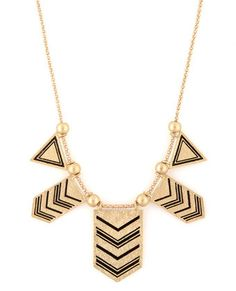 Arrow Dynamic Gold Necklace