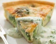 Quiche aux brocolis et bleu d'auvergne : http://www.cuisineaz.com/recettes/quiche-aux-brocolis-et-bleu-d-auvergne-46295.aspx