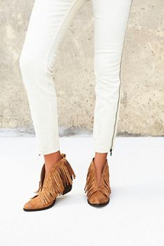 Vegan tulsi boot by Matisse. For the modern bohemian babe these micro suede ankle boots feature a sculptural shape trimmed in free-falling fringe ...