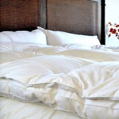 Cozy Classics Dreamy Downlike Fiber Bed, White