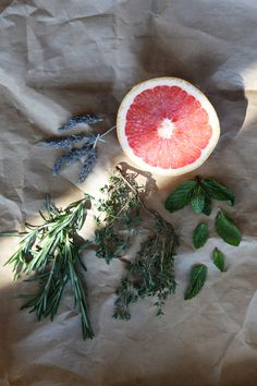 Homemade Natural Beauty Products – Herb-Infused Grapefruit Face Toner | Free People Blog