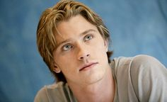 Garrett Hedlund - Four Brothers press conference (2005)