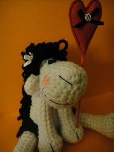 ( How make the sheep? Crochet Sheep, Crochet Toys, Snoopy, Christmas Ornaments, Holiday Decor, How To Make, Fun, Gifts, Home Decor
